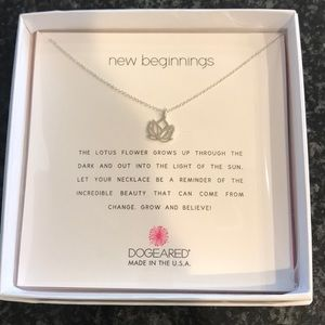 Dogeared silver new beginnings pendant new in box